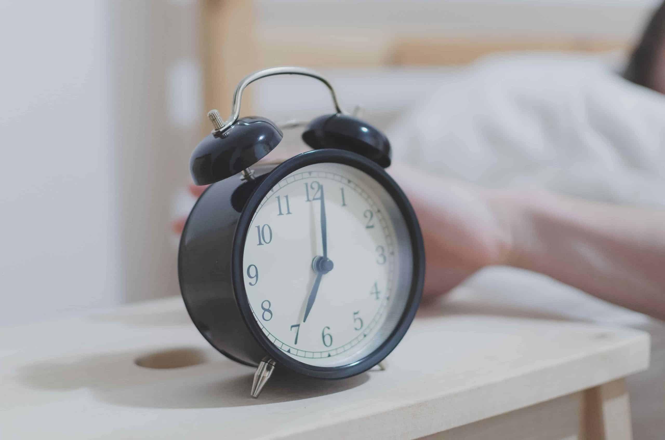 analog bedside clock