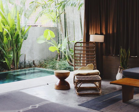bali villa private pool and rattan chair