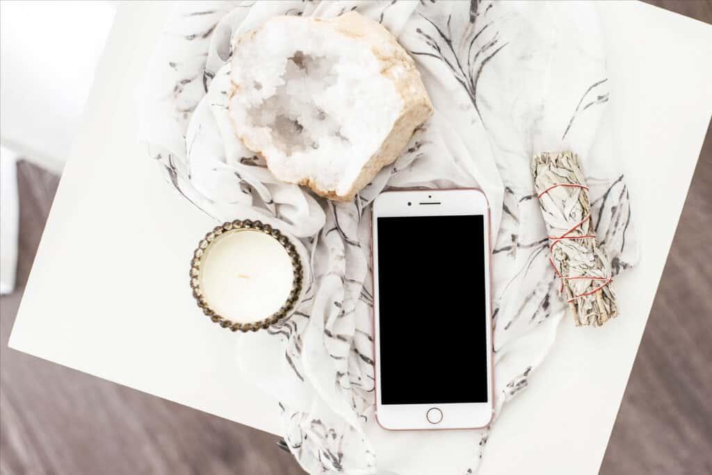 put your phone away phone detox