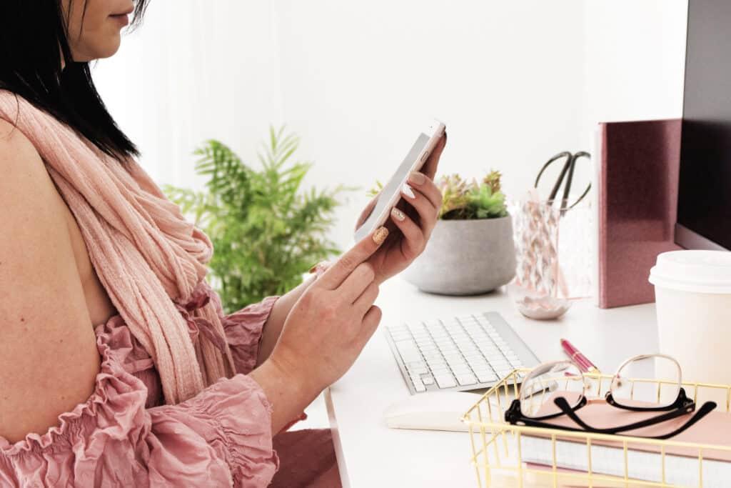 take beaks in your phone detox